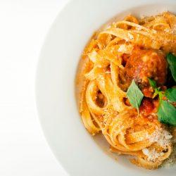 Tomato Gorgonzola Linguine